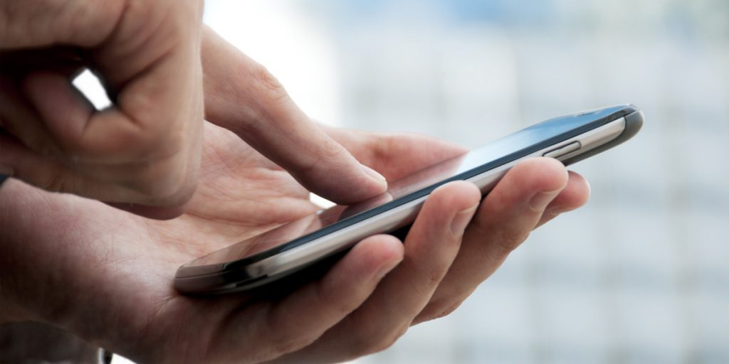 Live Chat on law firm mobile websites helps gain clients.